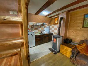 Кухня в домике в Заовине