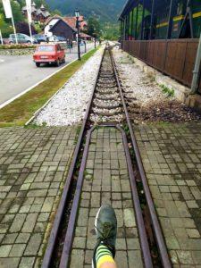 железная дорога в горах Сербии
